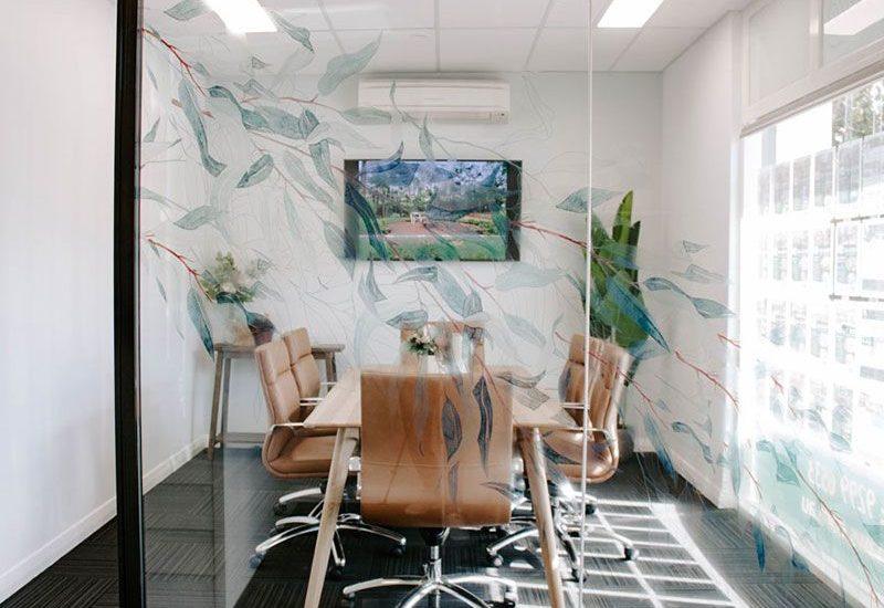 Studio McQueen Interiors |Melinda McQueen Perth interior designer |Earnshaws Realestate Perth Commercial Office Fitout | Boardroom design